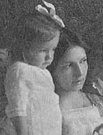 Mary Hammond and her daughter Millicent.